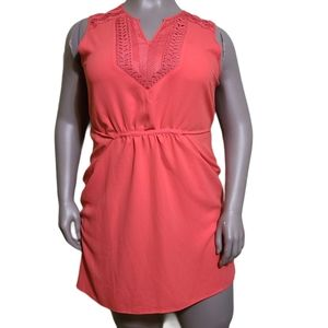 Le Chateau | CORAL EMBROIDERED SLEEVELESS DRESS